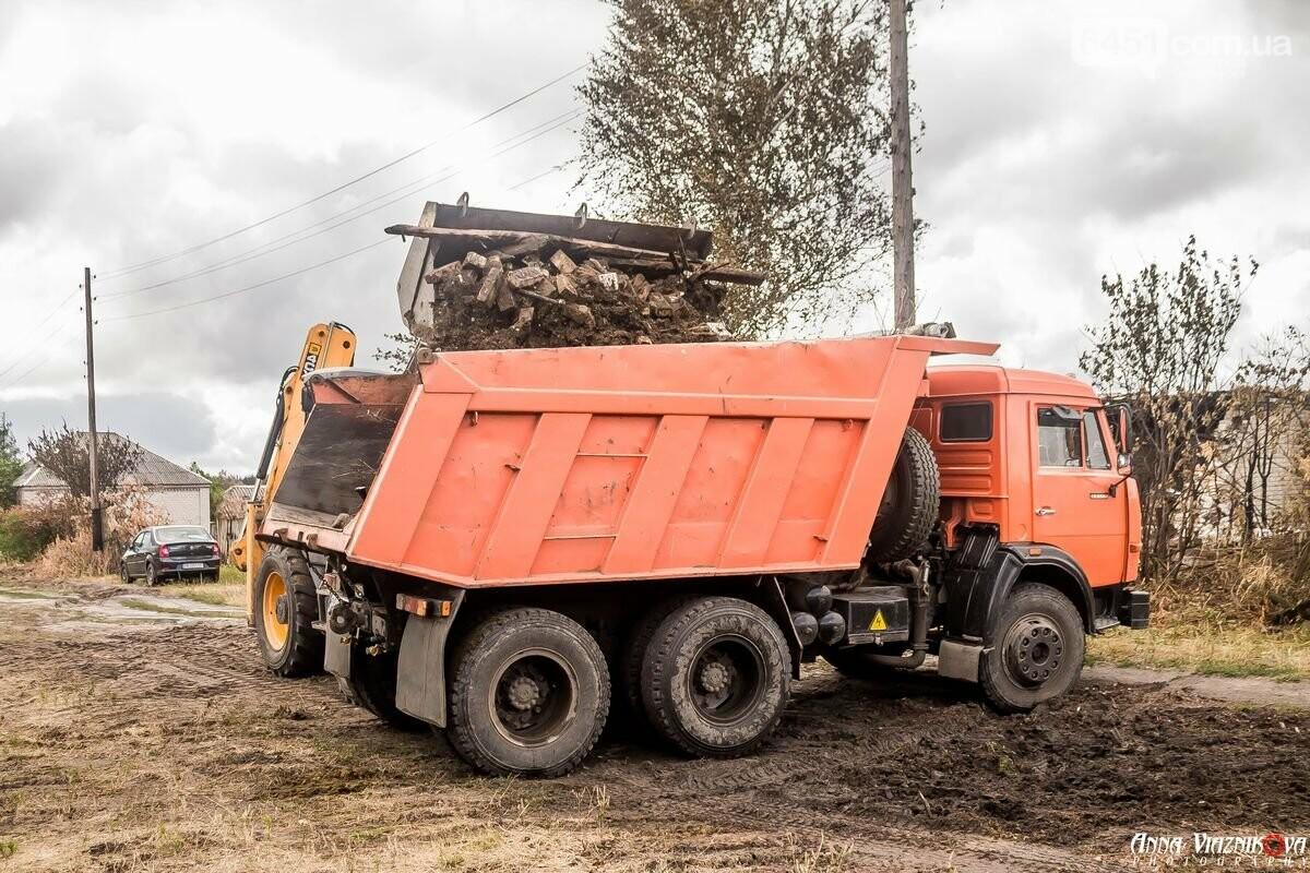 ФОТООТЧЁТ: Штаб помощи пострадавшим от пожара развернул масштабные работы в Смоляниново. День 2, фото-2