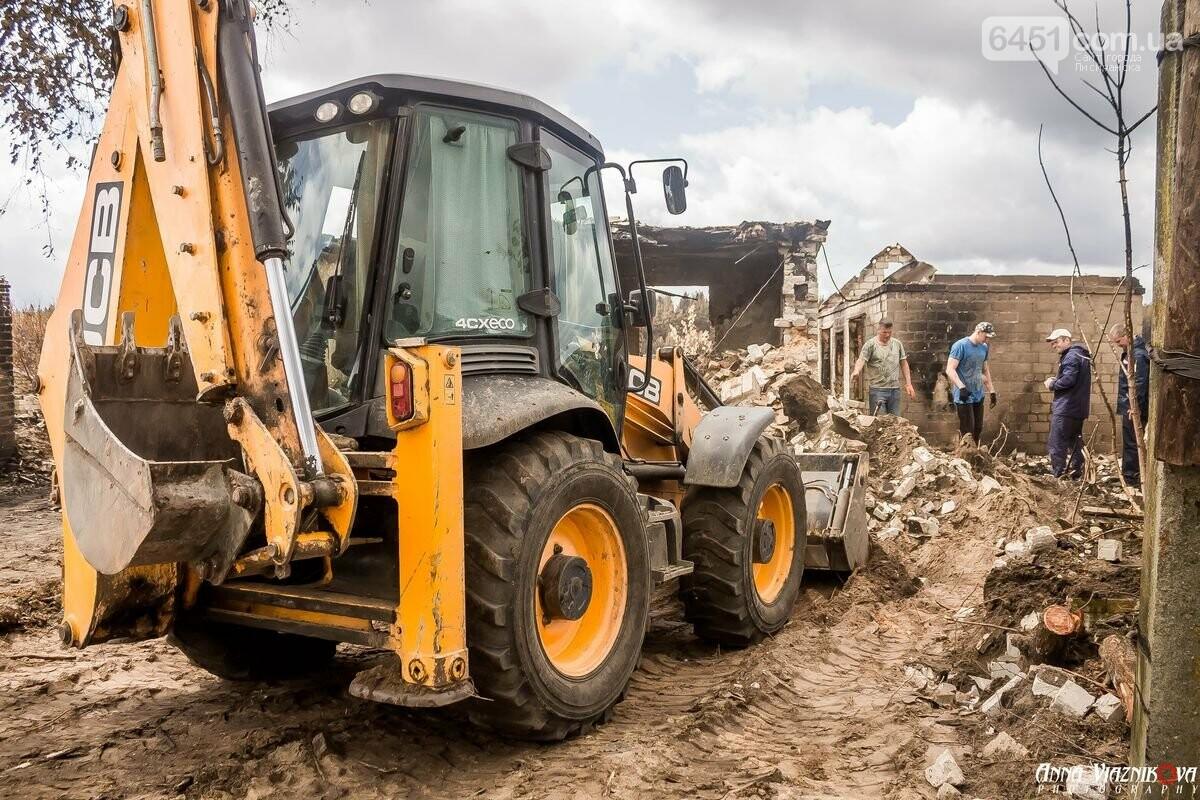 ФОТООТЧЁТ: Штаб помощи пострадавшим от пожара развернул масштабные работы в Смоляниново. День 2, фото-4