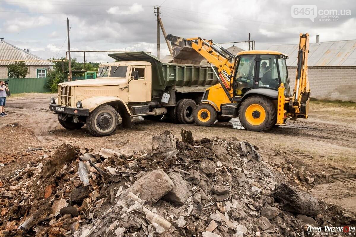 ФОТООТЧЁТ: Штаб помощи пострадавшим от пожара развернул масштабные работы в Смоляниново. День 2, фото-8