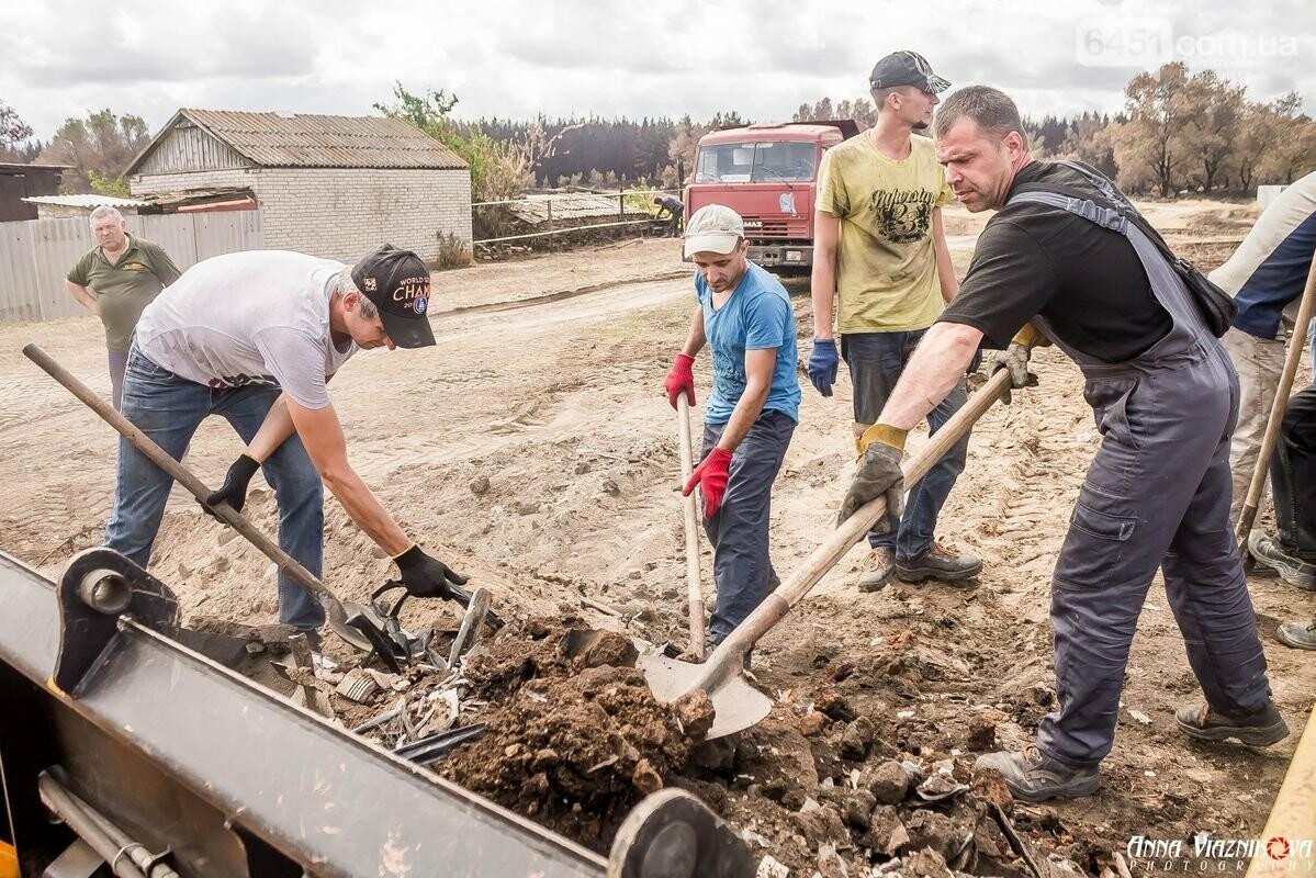 ФОТООТЧЁТ: Штаб помощи пострадавшим от пожара развернул масштабные работы в Смоляниново. День 2, фото-13