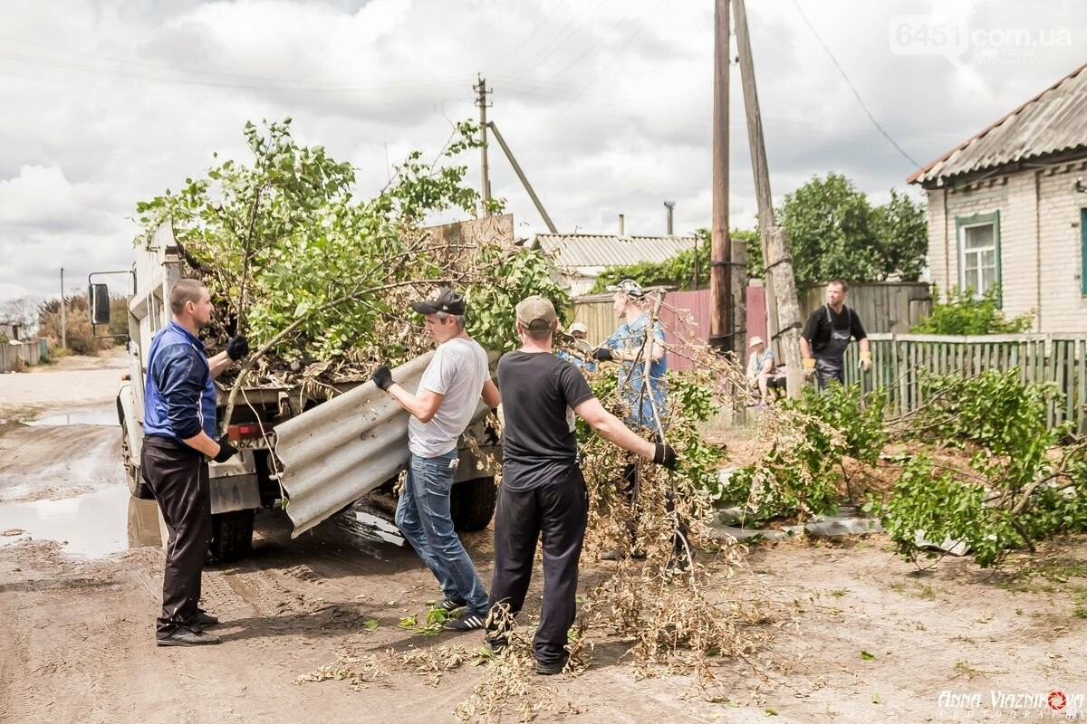 ФОТООТЧЁТ: Штаб помощи пострадавшим от пожара развернул масштабные работы в Смоляниново. День 2, фото-33