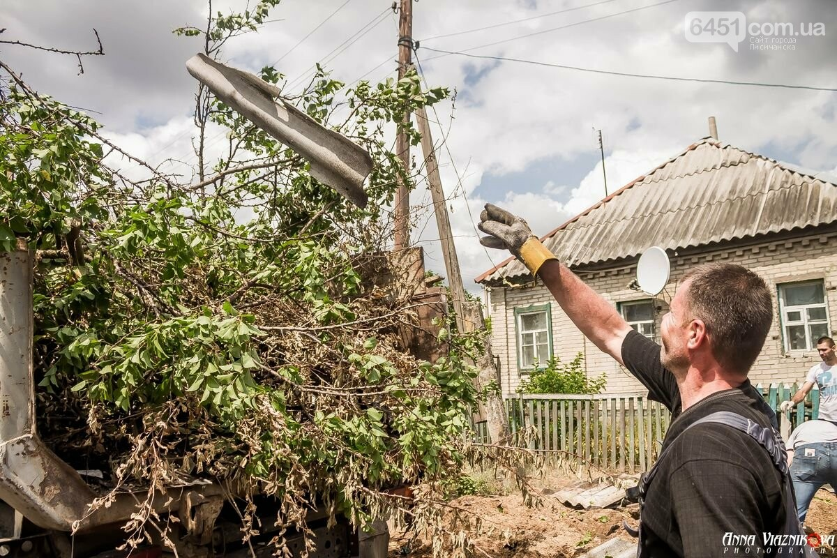 ФОТООТЧЁТ: Штаб помощи пострадавшим от пожара развернул масштабные работы в Смоляниново. День 2, фото-36