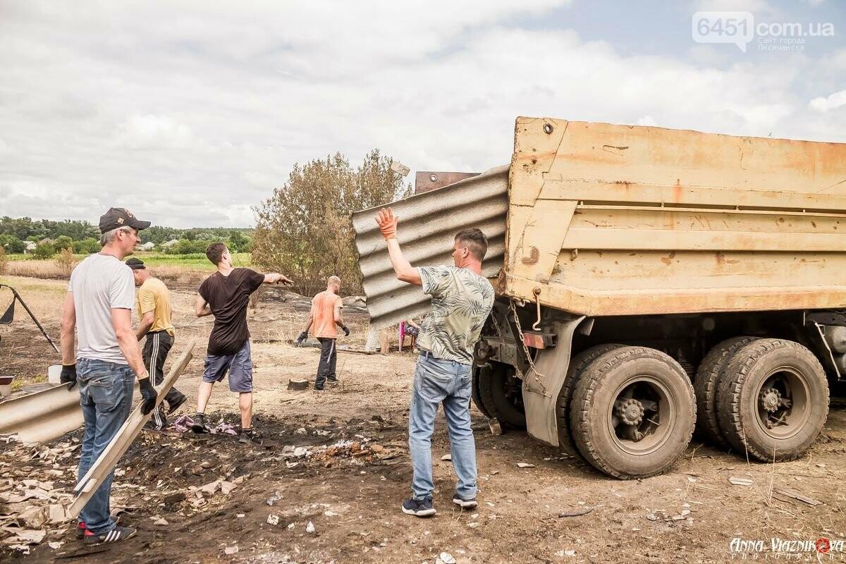 ФОТООТЧЁТ: Штаб помощи пострадавшим от пожара развернул масштабные работы в Смоляниново. День 2, фото-55