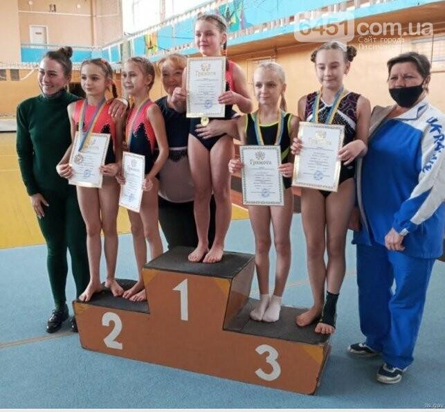 Поздравляем победителей турнира по спортивной гимнастике и чемпионата по лёгкой атлетике, фото-3